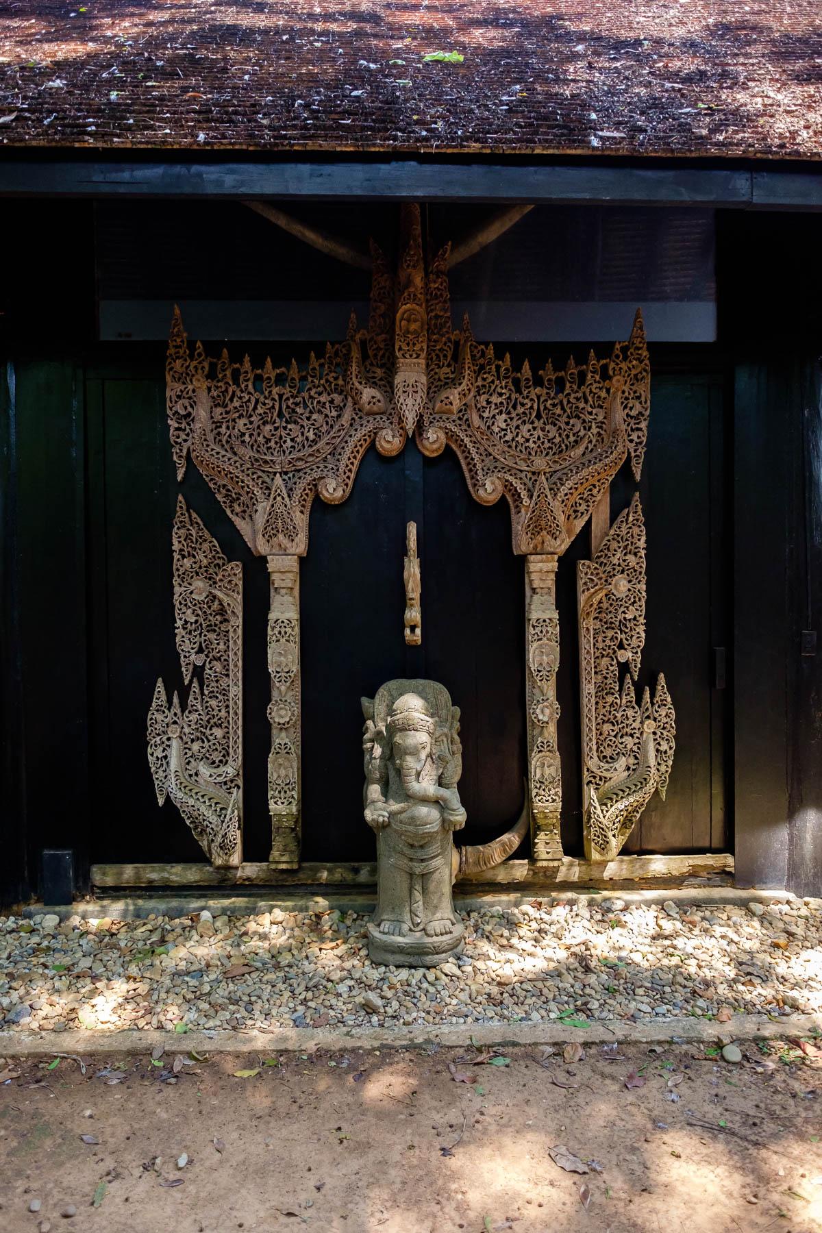 Elephant doorway Baandam Museum