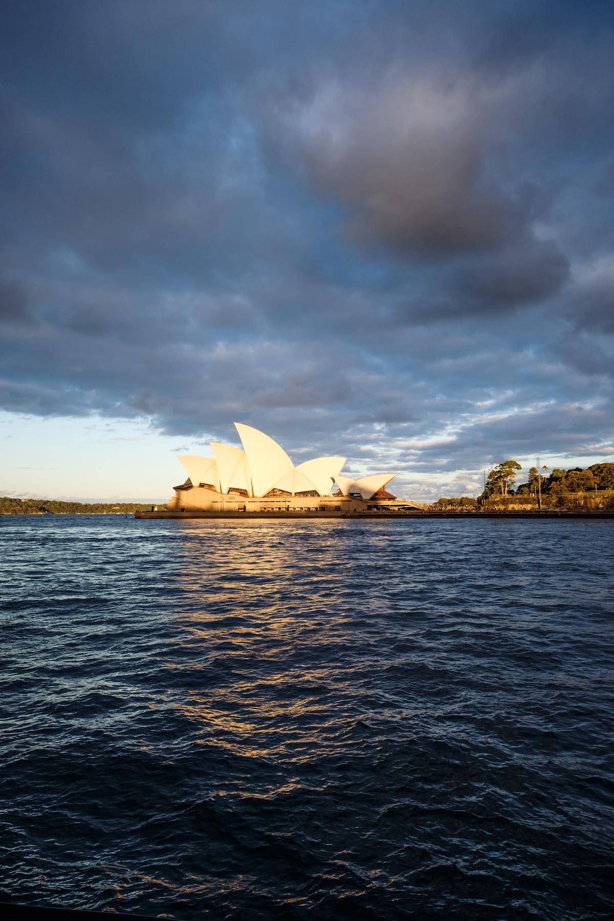 sydney opera house sunset Australia