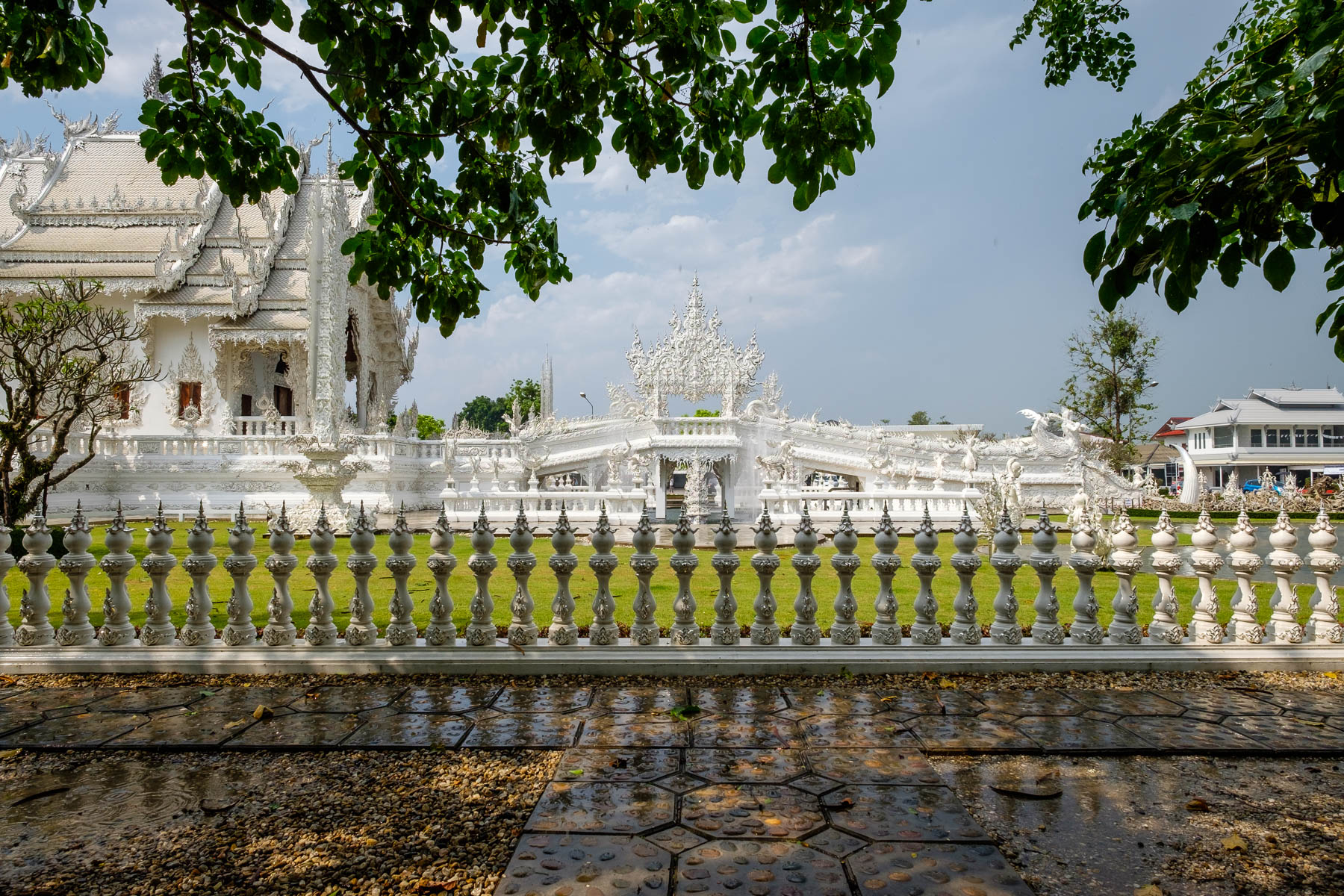 white temple side walk chiang rai
