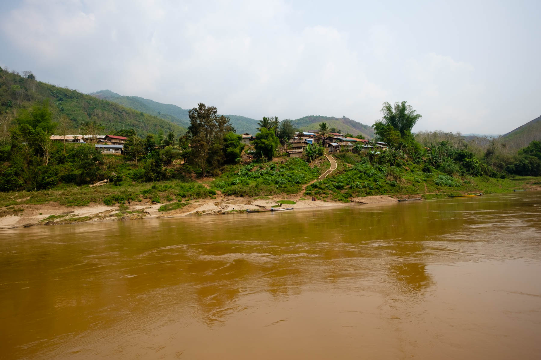houses along the Mekong river