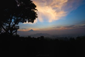 setumbu hill sunset sky lightloca